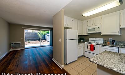 Kitchen, 5476 Kiowa Dr, 2