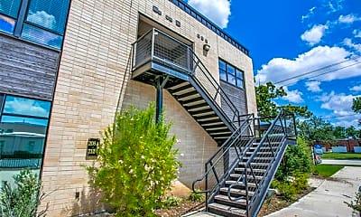 Building, 906 W Cannon St 208, 2