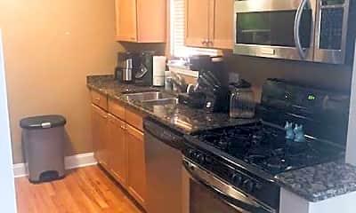 Kitchen, 4889 N Ashland Ave, 0
