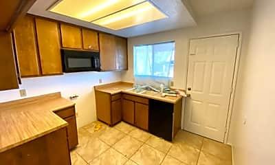 Kitchen, 1121 Barstow Rd, 1
