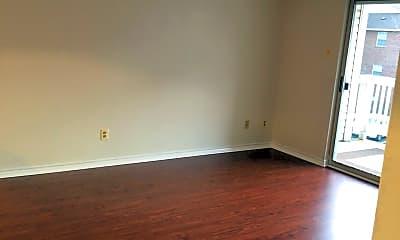Living Room, 1527 Lincoln Way 204, 2