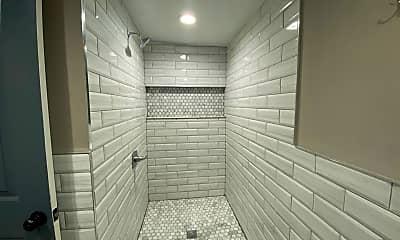 Bathroom, 1306 N 22nd St, 2