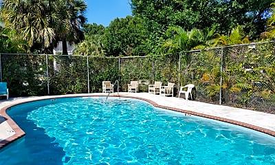 Pool, 2021 S 26th St, 2