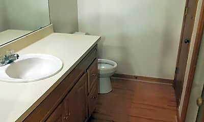 Bathroom, 2140 Schumacher Ave 1, 2