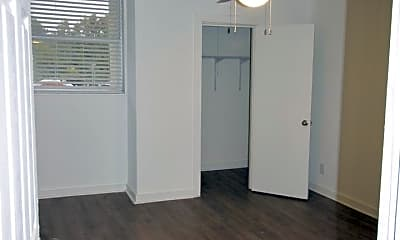 Kitchen, 1170 Woodland Ave NE, 1