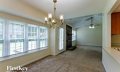 Living Room, 2511 Dalston Ln, 1