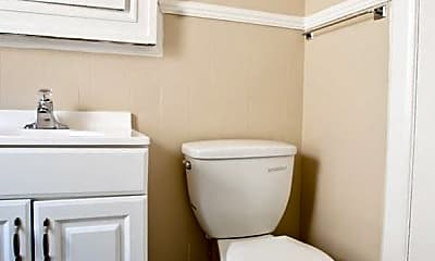 Bathroom, 2534 N Prospect Ave, 2
