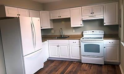 Kitchen, 5685 Coach Dr E, 1