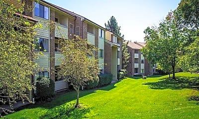 Building, Ridgewood Village Apartments, 1