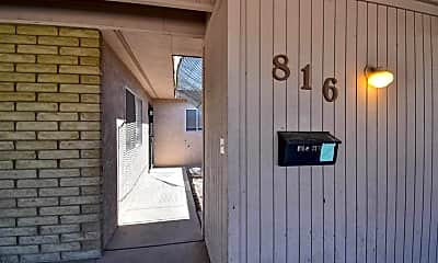Patio / Deck, 816 E 25th St, 1