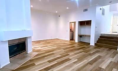 Living Room, 11636 Montana Ave, 1