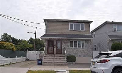 Building, 149-43 Huron St, 0