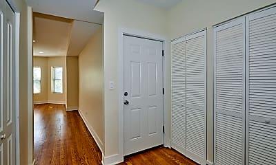 Bedroom, 6241 N Claremont Ave, 1