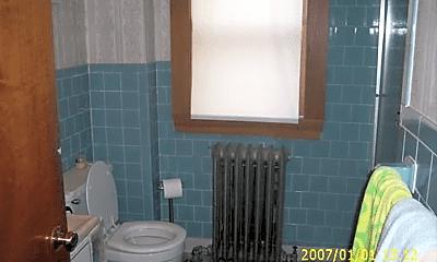 Bathroom, 28 Woodward St, 2
