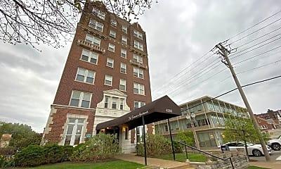Building, 4066 Lindell Blvd, 2