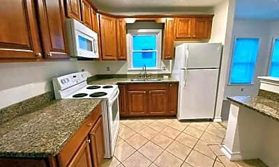 Kitchen, 48 W Arnold Rd A, 1