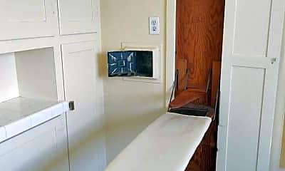 Bathroom, 204 Covina Ave, 2