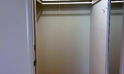 Bathroom, 2225 Washington St, 2