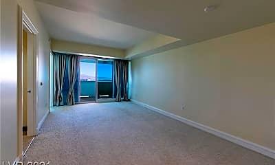 Living Room, 2700 S Las Vegas Blvd 1606, 1