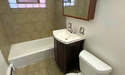 Bathroom, 15304 Doctor M.L.K. Jr Dr, 2