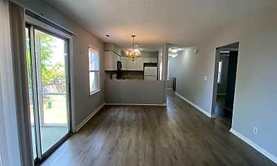 Living Room, 2724 S 17th St, 1