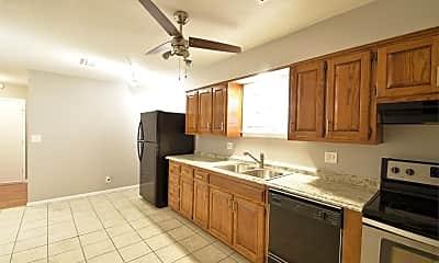 Kitchen, 3419 Wyandotte St, 2