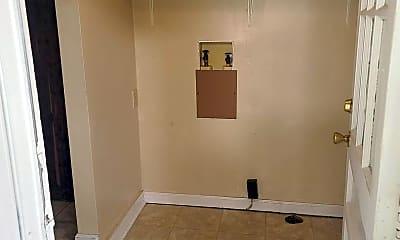 Bathroom, 698 Union Road Unit B, 2