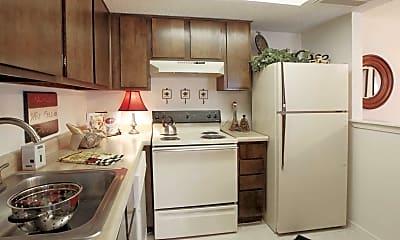 Kitchen, Hunters Ridge, 2