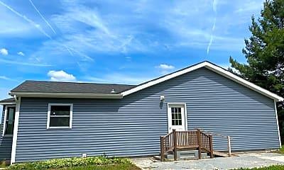 Building, 3789 Prosser Rd, 2