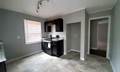 Kitchen, 1527 Eureka Ave, 2