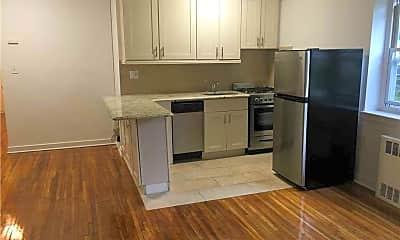 Kitchen, 40 Knightsbridge Rd 3A, 1