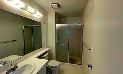 Bathroom, 47 Scherer Ct, 2