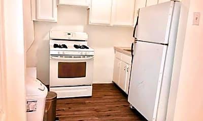 Kitchen, 351 Smith St, 1