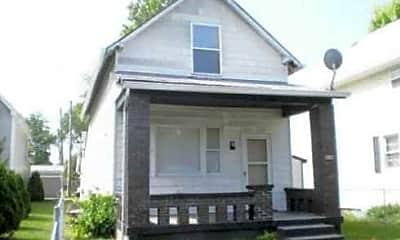 1356 N Gale Street, 2