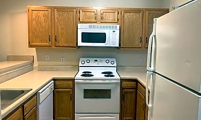 Kitchen, 720 Hillside Dr, 1