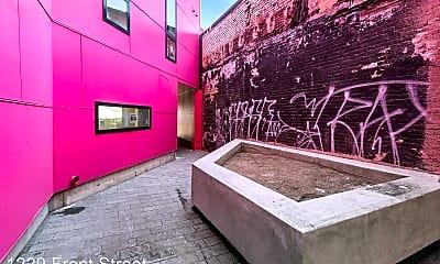 Bathroom, 1229 N. Front Street, 2