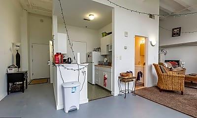 Kitchen, 109 W Wildey St 304, 1