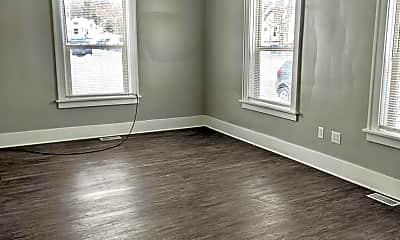 Living Room, 406 Oak St, 2