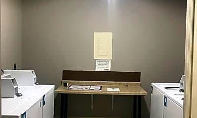 Kitchen, 911 Massachusetts St, 2