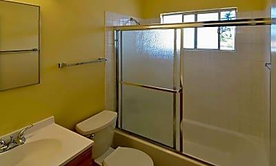 Bathroom, Timberlane Apartments, 2