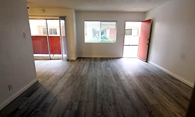 Living Room, 17213 Yukon Ave, 2