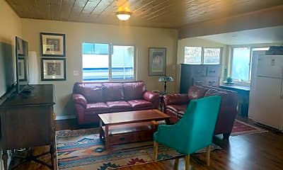 Living Room, 669 NE Lafayette Ave, 1