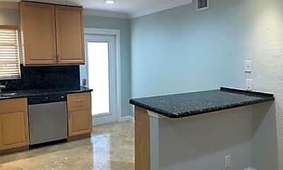 Kitchen, 1446 Hayes St 9, 0