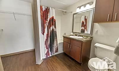 Bathroom, 10801 Old Manchaca Rd, 2