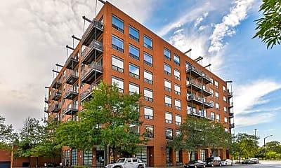 Building, 859 W Erie St 604, 0
