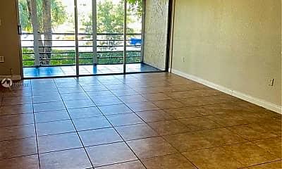 Living Room, 469 N Pine Island Rd B201, 1