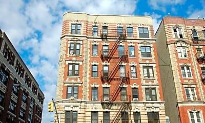Building, 210 Rivington St, 2