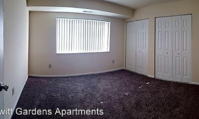 Hewitt Gardens Apartments, 1
