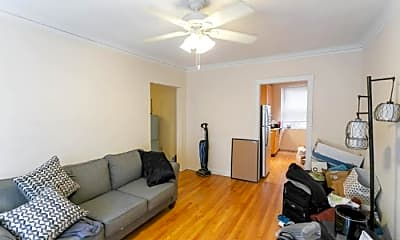 Living Room, 7644 N Greenview Ave, 1