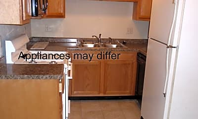 Kitchen, 809 N Fell Ave, 2